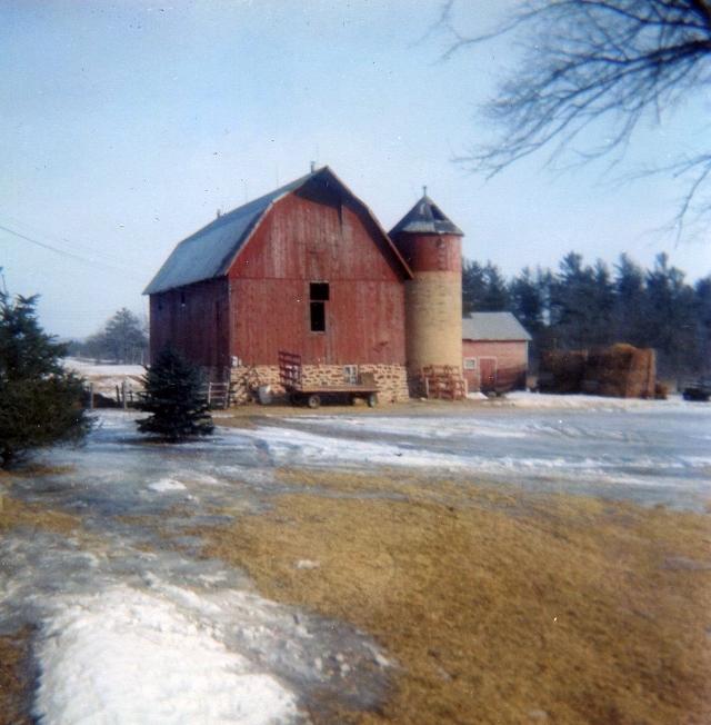 img022 the barn