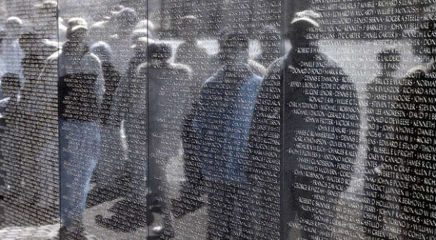 The Vietnam Memorial. Panama City Beach spring breakers spit on Vietnam veterans. (Flickr/Creative Commons)